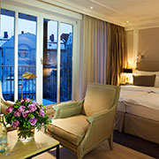 Book a stay with Hotel München Palace in Munich