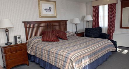 Accommodations:      Kelley House of Martha's Vineyard  in Edgartown