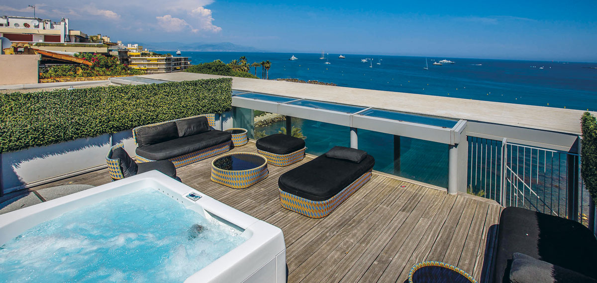 Customer Reviews:      ROYAL ANTIBES Serviced Residence  in Antibes