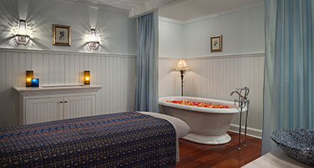 Spa:      The Hotel Viking  in Newport