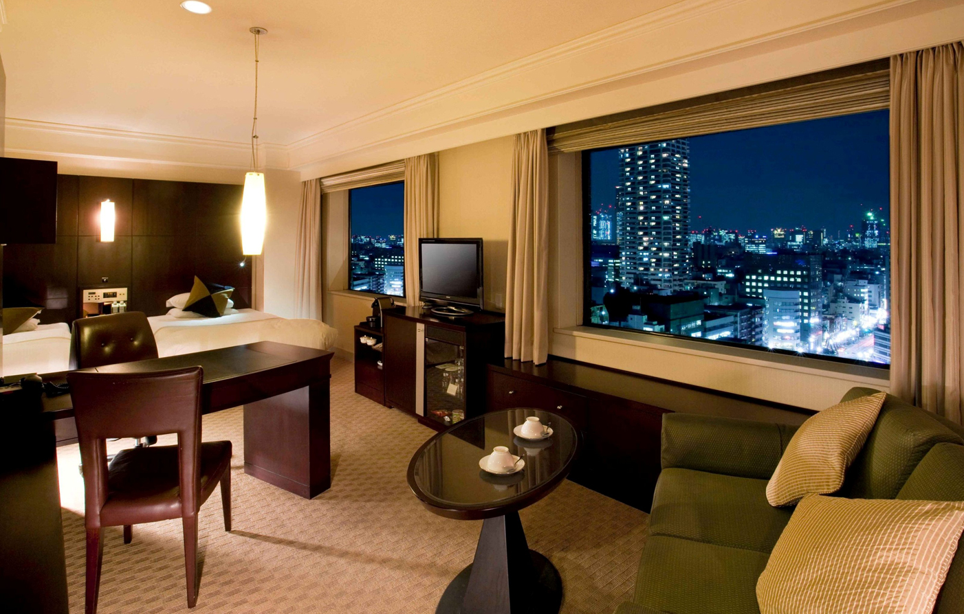 Accommodations:      Royal Park Hotel  in Tokyo