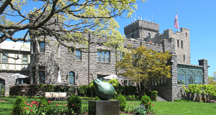 Local Attractions:      Castle Hotel & Spa  in Tarrytown