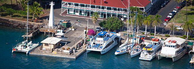 Local Attractions:      Pioneer Inn  in Maui/Lahaina