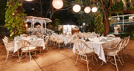 Events at      Pioneer Inn  in Maui/Lahaina