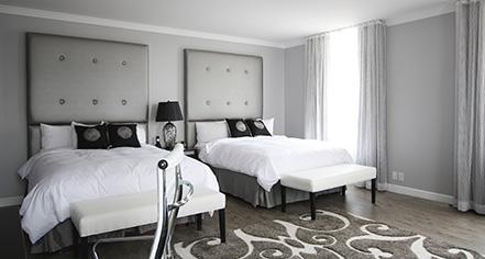 Accommodations:      Hotel Deco XV  in Omaha