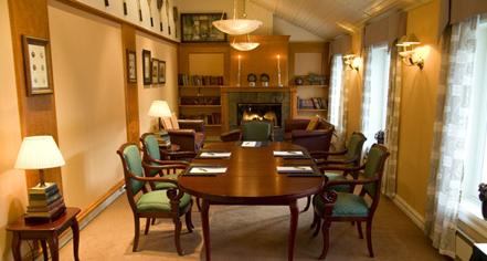 Meetings at      Losby Gods  in Finstadjordet
