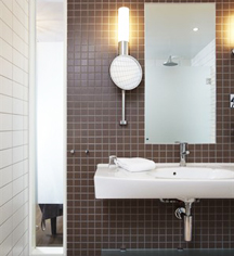 Accommodations:      Sundvolden Hotel  in Krokkleiva