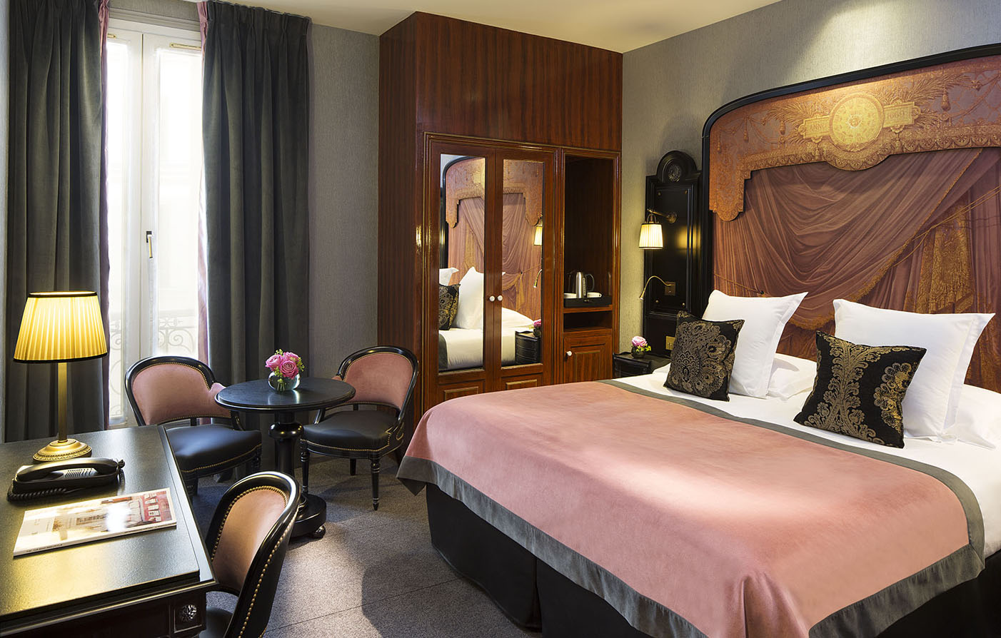 Customer Reviews:      Belmont Champs Elysees  in Paris