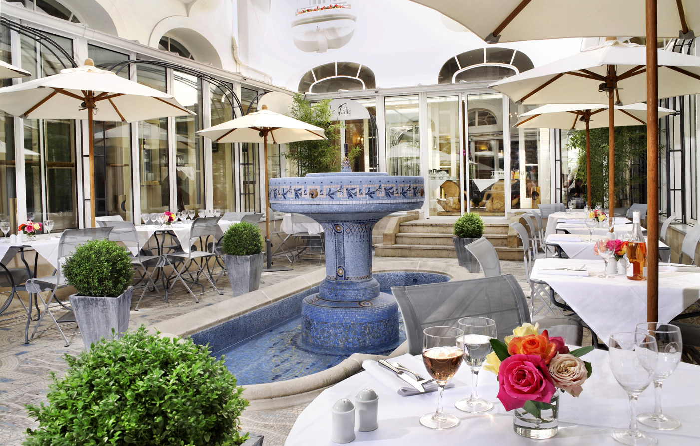 Customer Reviews:      Hotel California Paris Champs Elysees  in Paris
