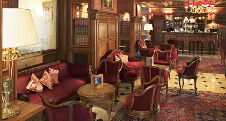 History:      Hotel Regina Louvre  in Paris