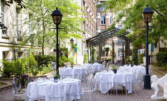 luxury hotel in paris les jardins du marais boutique hotel in paris. Black Bedroom Furniture Sets. Home Design Ideas