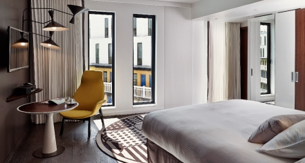 Accommodations:      Hôtel Molitor Paris - MGallery by Sofitel  in Paris
