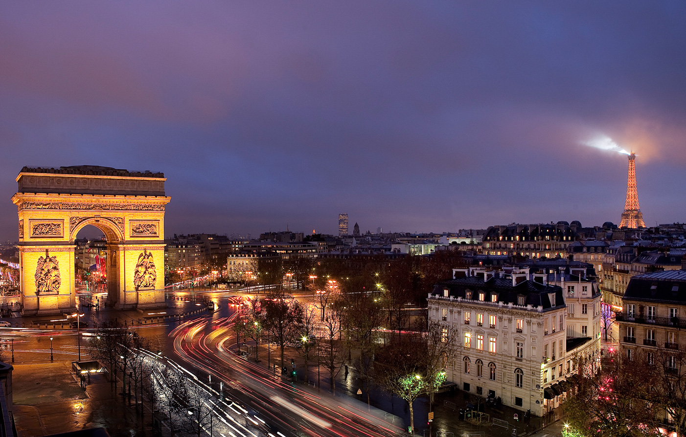 Special Offers:      Mon Hotel  in Paris