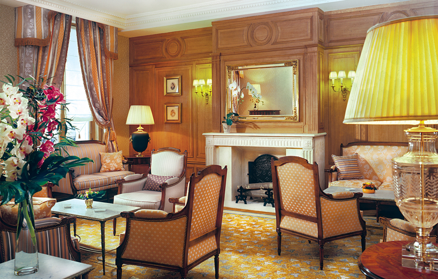 Activities:      Hotel Mayfair  in Paris