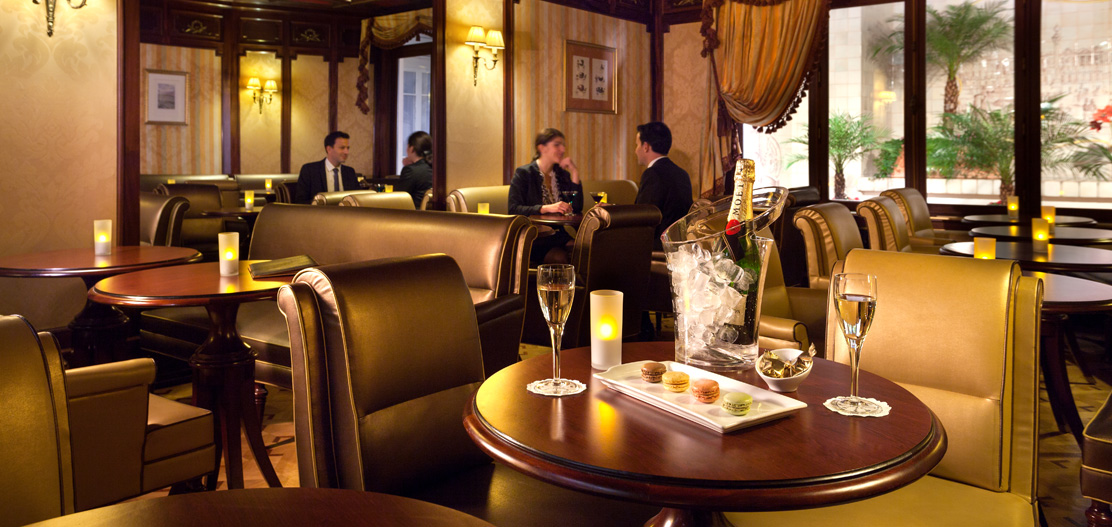 Dining:      Hotel Mayfair  in Paris