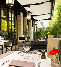Dining at      Hotel Napoleon Paris  in Paris