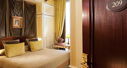 Hotel Napoleon Paris  in Paris