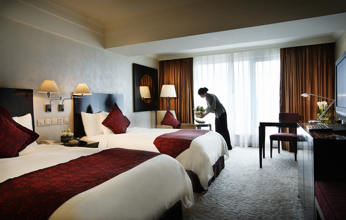Accommodations:      V-Continent Beijing Parkview Wuzhou Hotel  in Beijing