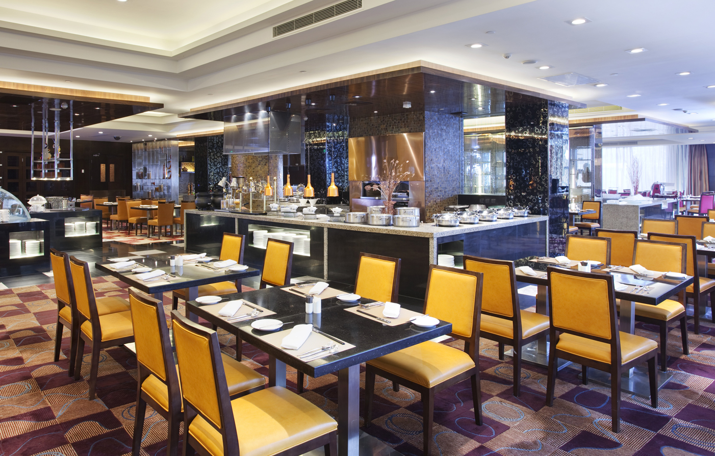 Dining:      V-Continent Beijing Parkview Wuzhou Hotel  in Beijing
