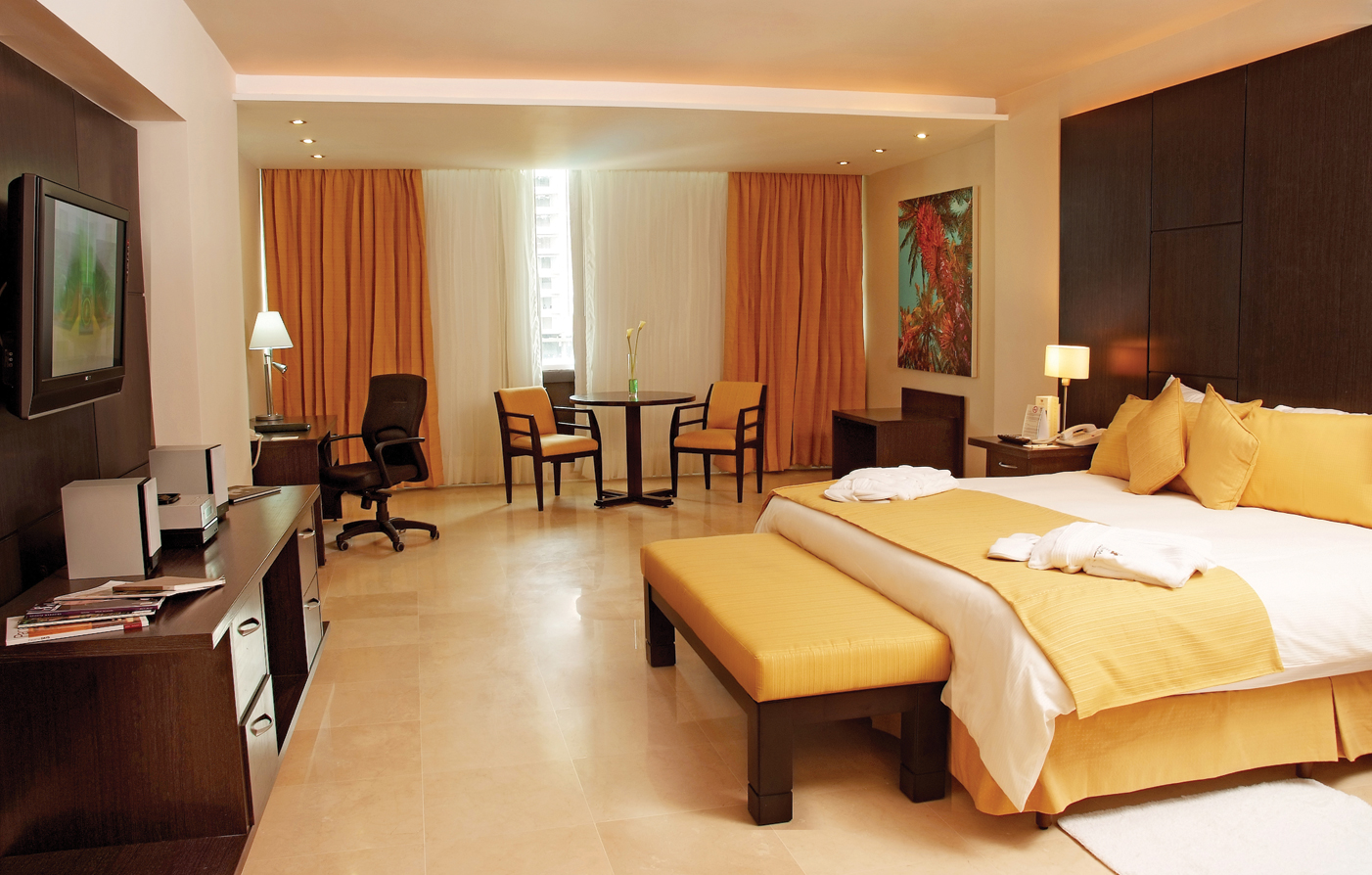 Accommodations:      El Panama Hotel  in Panama City