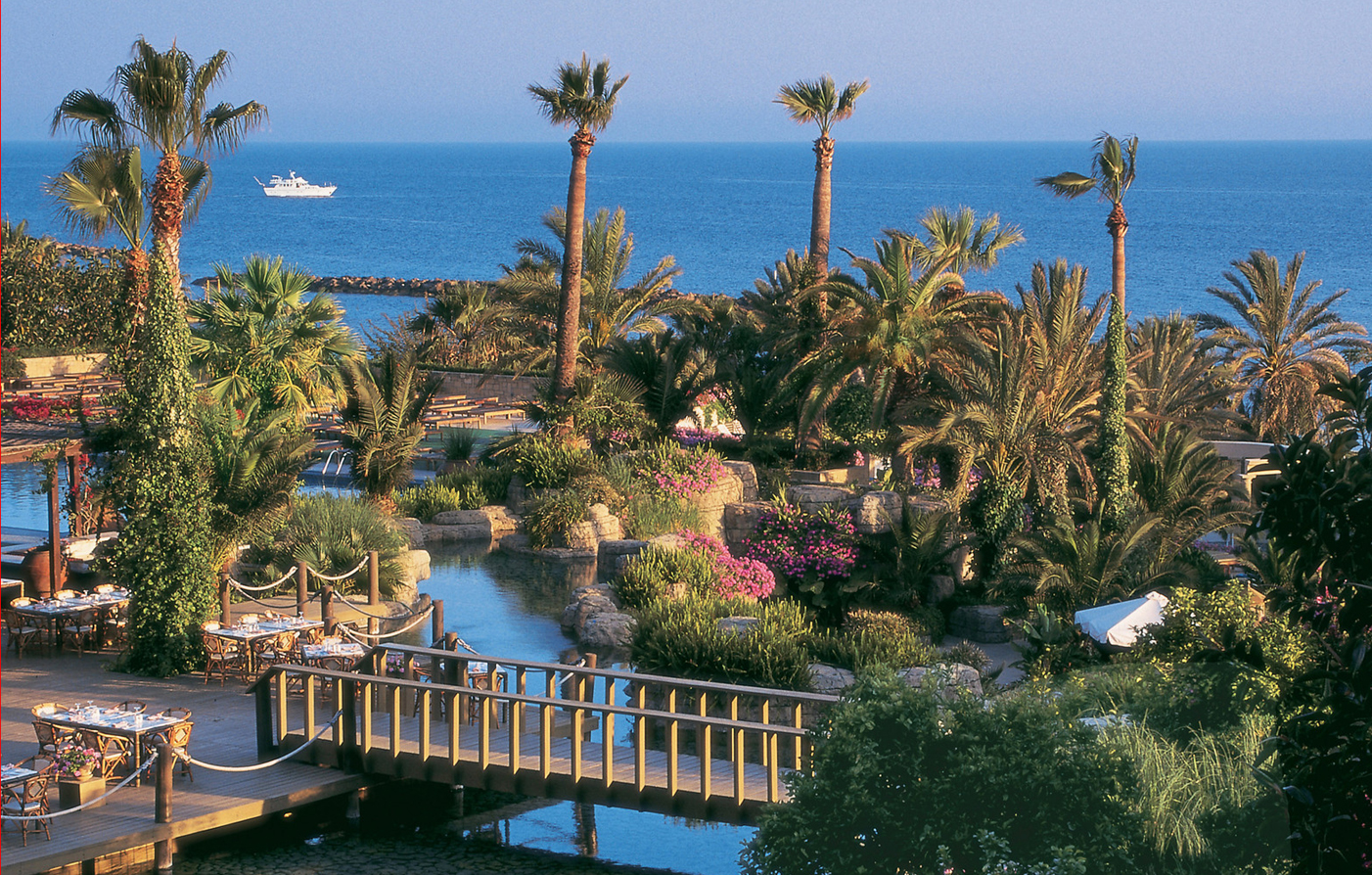 Customer Reviews:      The Annabelle  in Paphos