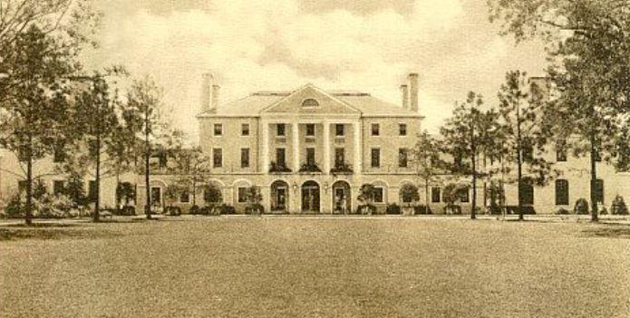 Historical Image of Exterior on Postcard, Williamsburg Inn, 1937, Member of Historic Hotels of America, in Williamsburg, Virginia.