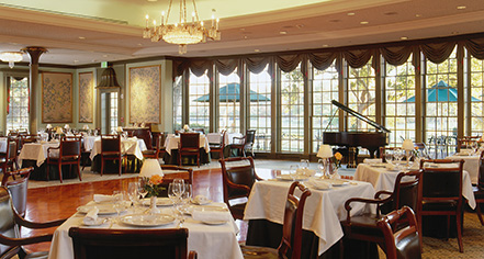 Dining At Williamsburg Inn In
