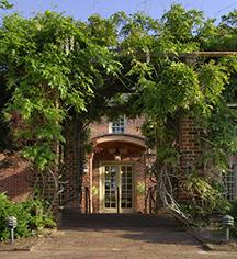 History:      Williamsburg Inn  in Williamsburg