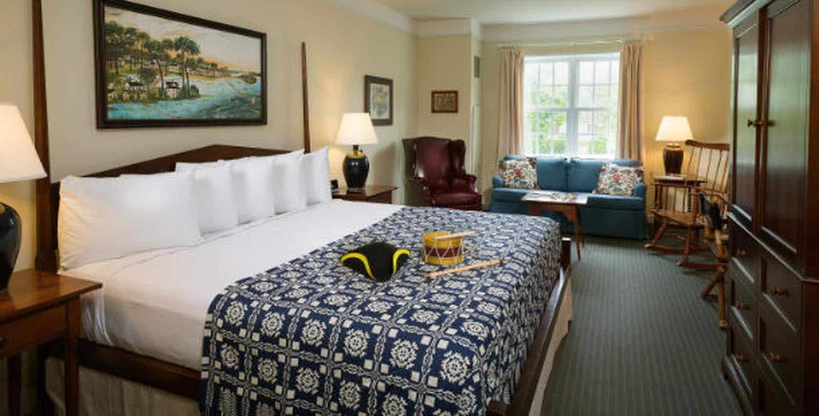 Image of guestroom Williamsburg Lodge, Autograph Collection, and Colonial Houses, 1750, Member of Historic Hotels of America, in Williamsburg Virginia, Location Map