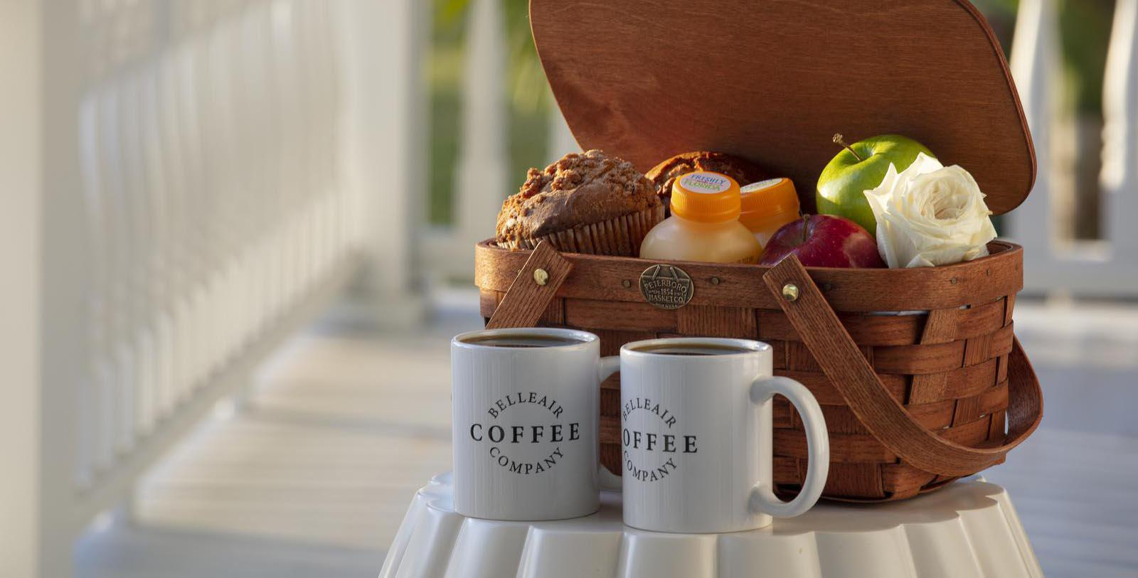 Image of picnic basket and coffee mugs outside Belleview Inn, 1897, Member of Historic Hotels of America, in Belleair, Florida, Taste