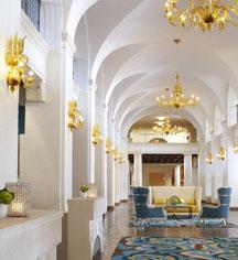 History:      The Vinoy Renaissance St. Petersburg Resort & Golf Club  in St. Petersburg