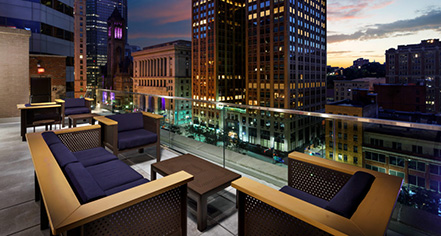 Meetings at      Distrikt Hotel Pittsburgh, Curio Collection by Hilton  in Pittsburgh
