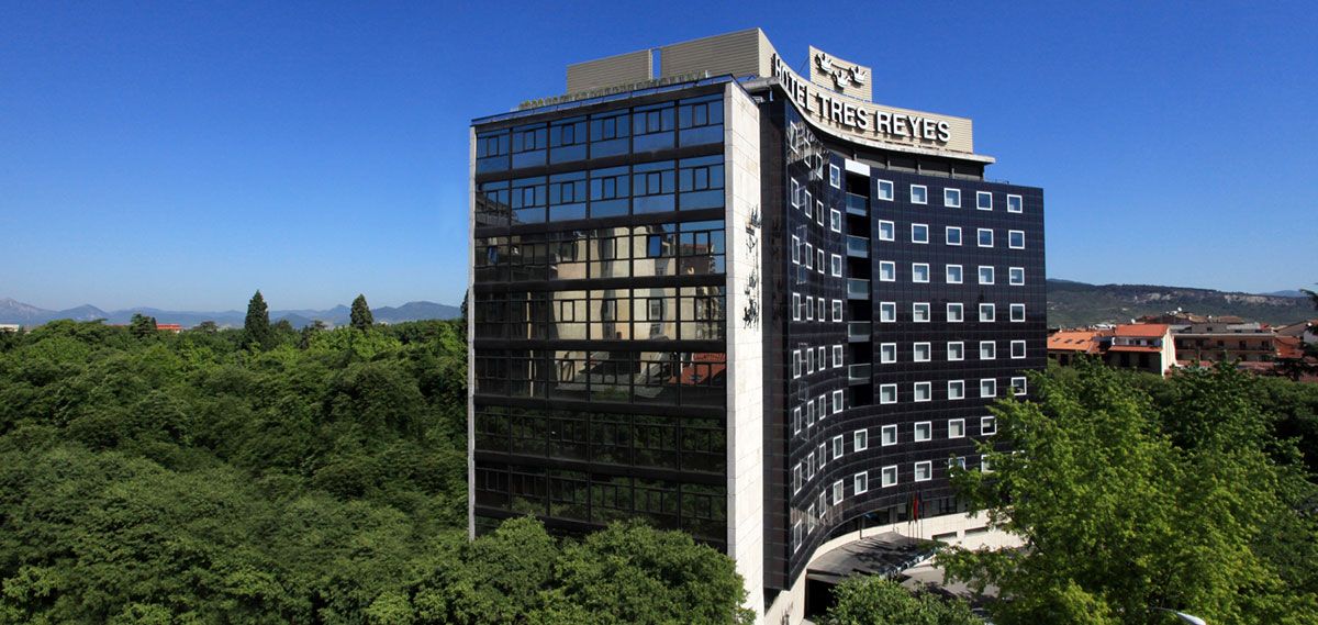 Hotel Tres Reyes Pamplona  in Pamplona