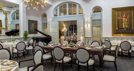 Dining at      Raffles Hotel Le Royal  in Phnom Penh