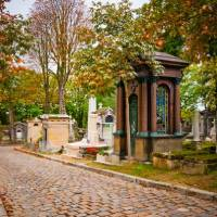 Cimetière Du Père Lachaise (Père Lachaise Cemetery)