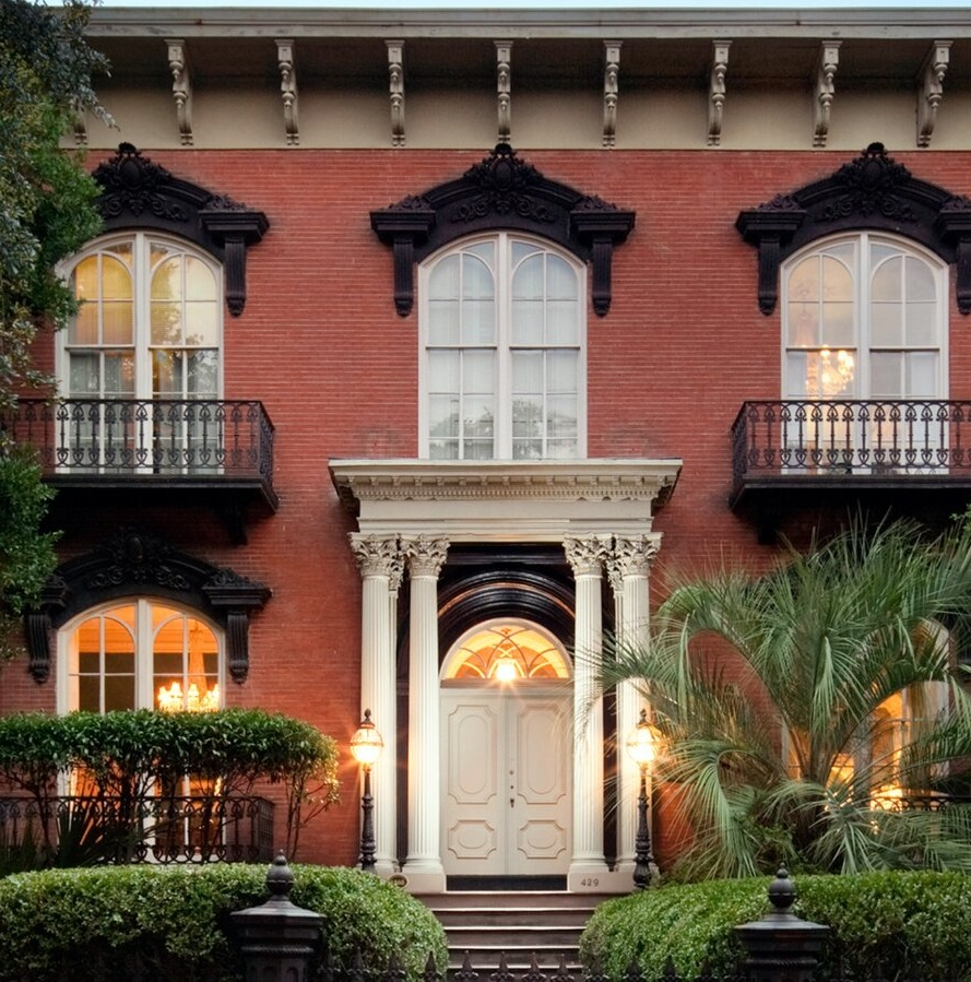 Image Of Mercer Williams House, Historic Hotels Of America
