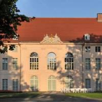 Schloss Und Schlossgarten Schönhausen