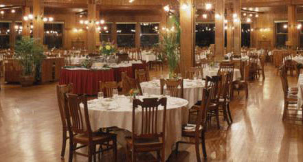 Dining at      Mohonk Mountain House  in New Paltz