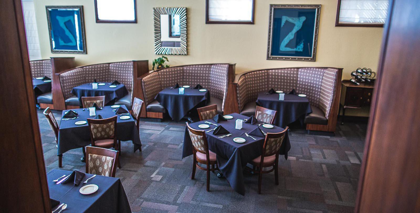 Image of Peacock dining room Hassayampa Inn, 1927, Member of Historic Hotels of America, in Prescott, Arizona, Taste