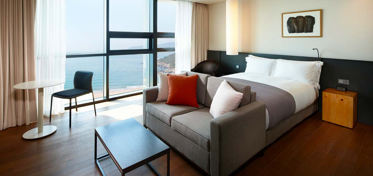 Accommodations:      Shilla Stay Haeundae  in Busan