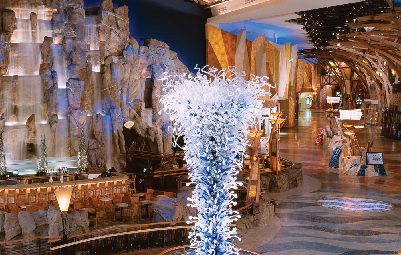 Uncasville (CT) United States  city photo : Restaurants and Bars at Mohegan Sun | Luxury Connecticut Hotel and ...