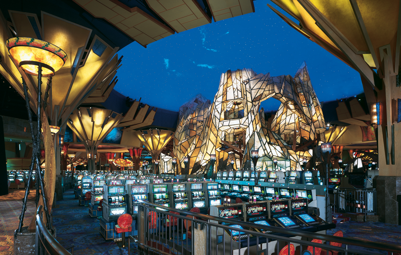Mohegan sun casino reviews casino pittsburgh