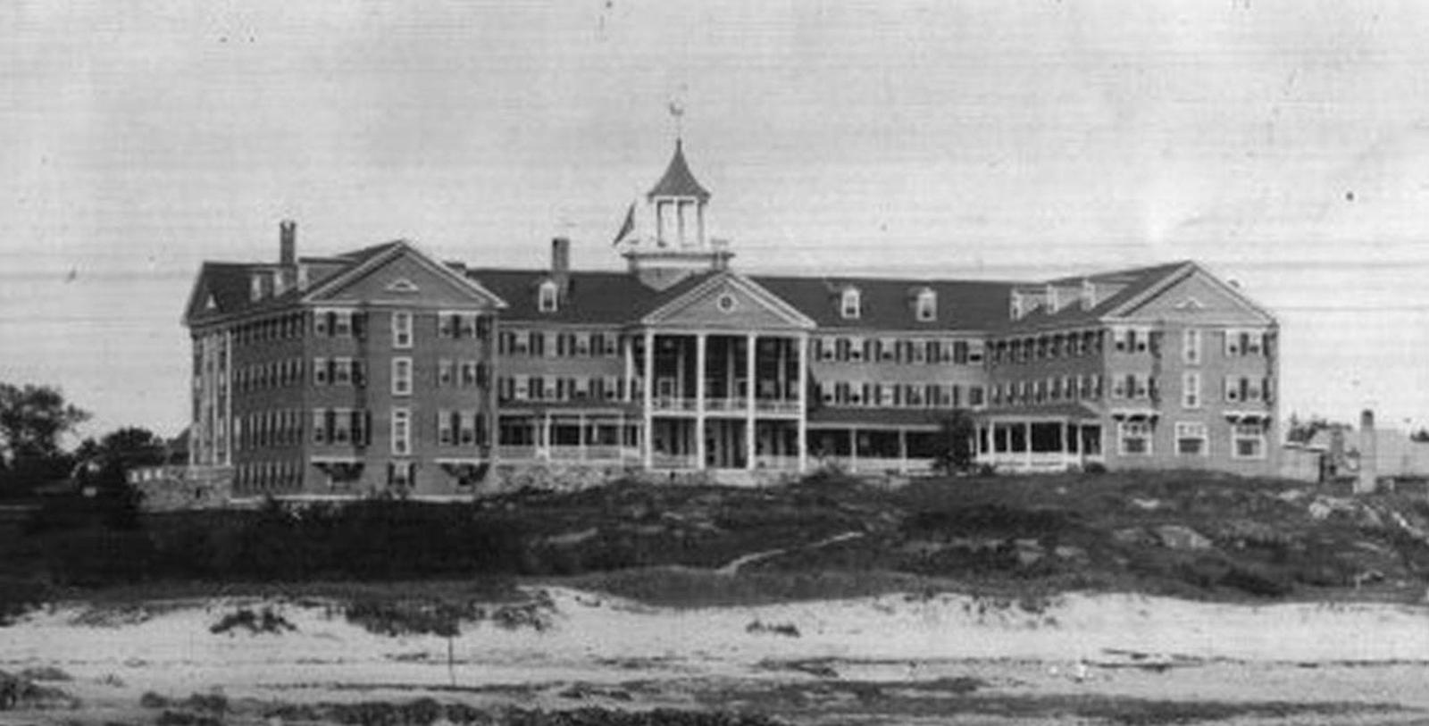 Historical Image of The Colony Hotel, 1914, Member of Historic Hotels of America, in Kennebunkport, Maine, Discover