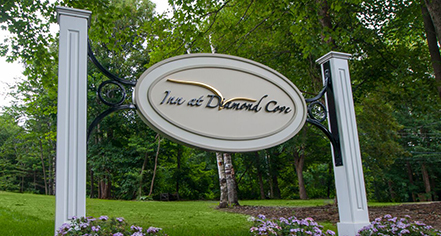 Weddings:      The Inn at Diamond Cove  in Portland