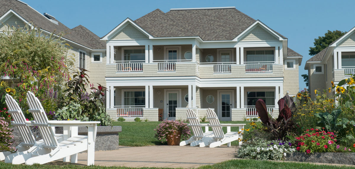 Accommodations:      Inn by the Sea  in Cape Elizabeth