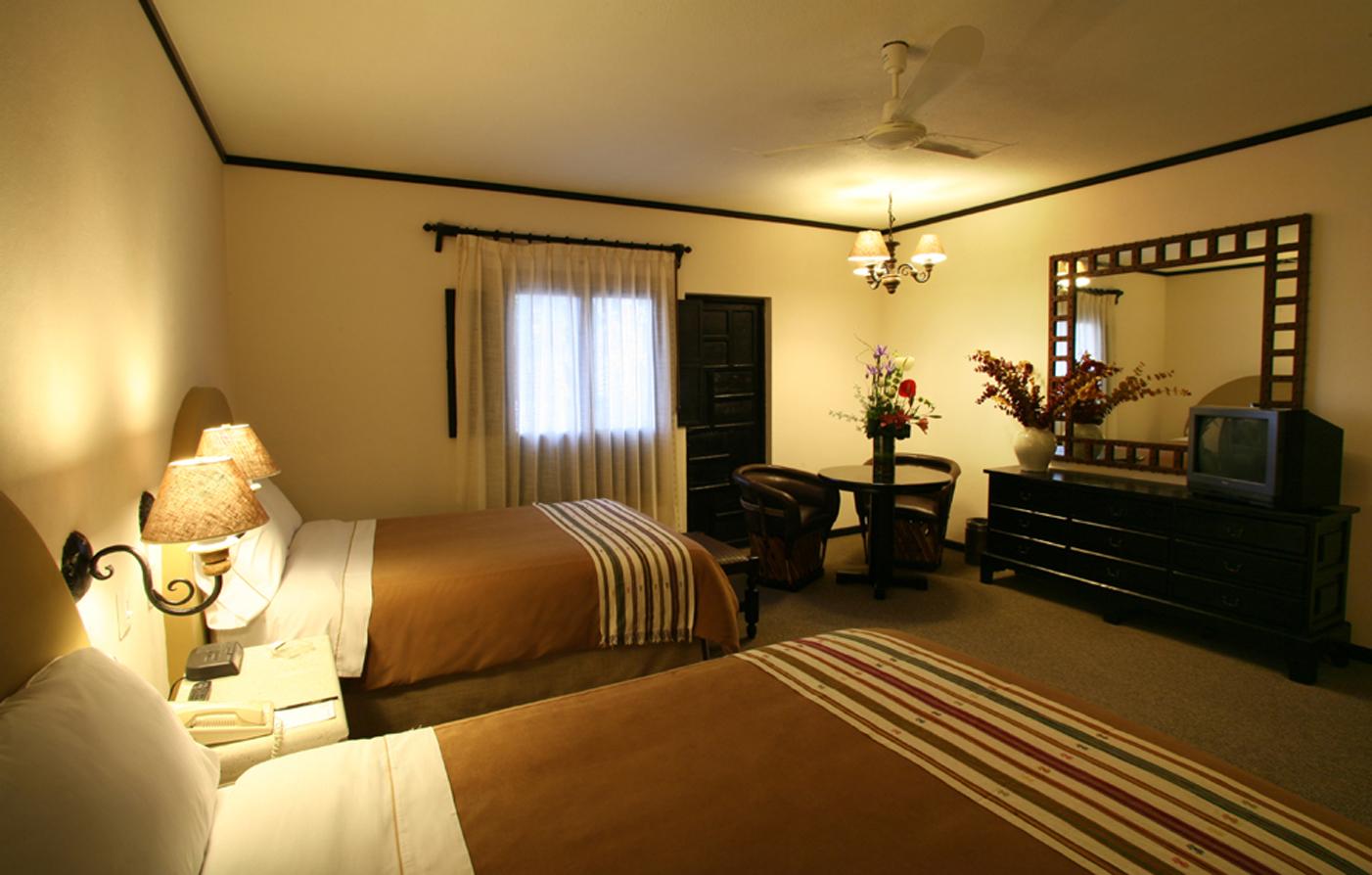 Accommodations hacienda jurica in queretaro for Hotel luxury queretaro