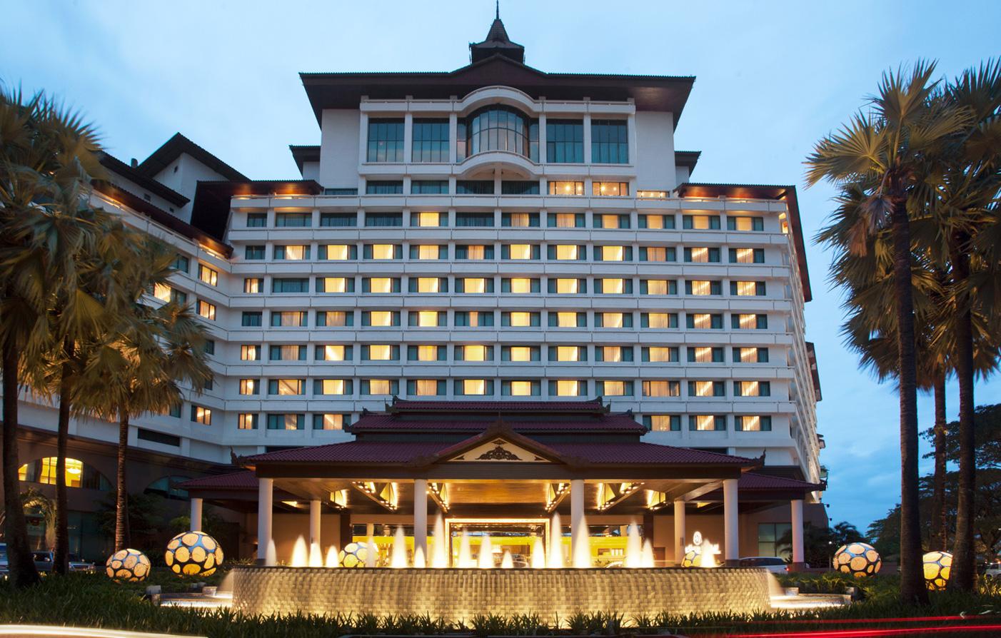 Yangon luxury hotels sedona hotel yangon myanmar hotel for Design hotel yangon