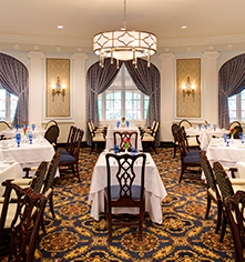 Dining at      The Hotel Roanoke & Conference Center, Curio - A Collection by Hilton  in Roanoke