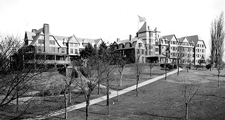 History:      The Hotel Roanoke & Conference Center, Curio - A Collection by Hilton  in Roanoke