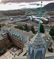 Local Attractions:      The Hotel Roanoke & Conference Center, Curio - A Collection by Hilton  in Roanoke